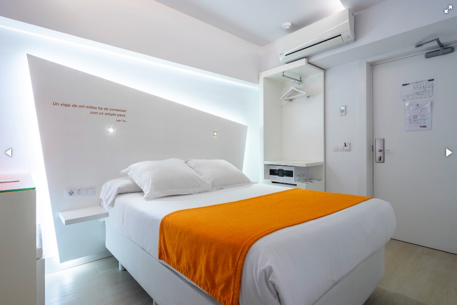 Atarazanas Malaga Boutique Hotel -https://hotel-atarazanas-malaga.com/en/